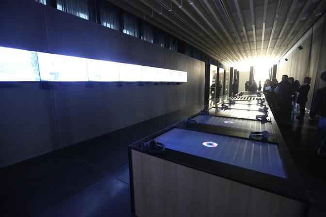 Allestimento Museo Unipol in cementolegno microforato BetonAcustik